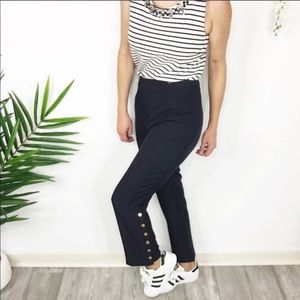 NWT J.O.A. Cropped straight leg pants buttons 0490